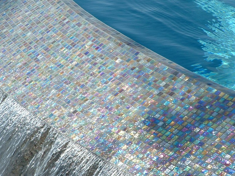 O Edge Spillway With Oceanside Glass Tile San Diego