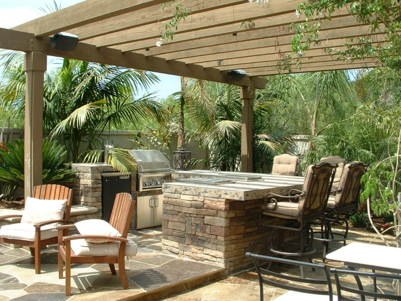 BBQ And Bar System With Granite Counters Flagstone