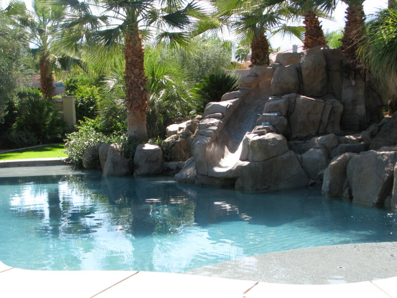 Freestanding Slide And Waterfall Blending Into It 39 S Surroundings San Diego Swimming Pool